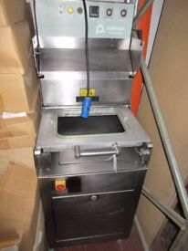 POLIMOON STAINLESS STEEL FOOD PACKING MACHINE...ONLY £300!!!! BARGAIN!!