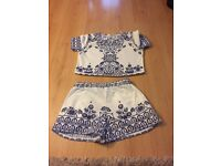 Size 8 blue and white set
