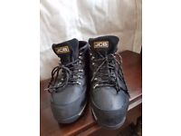 JCB Safety shoes, size 9 - USED
