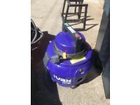 Vax Carpet Cleaner Hoover Wet/dry Vacuum No Hose