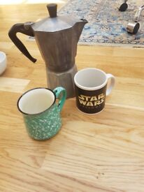 Coffee Percolator and two mugs