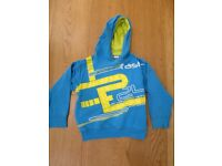 Hoody jumper with race track, age 4-5