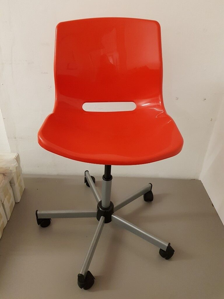 Red Plastic Office Chair Height Adjule With Wheels