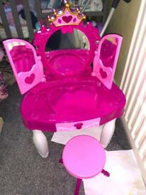 Childrens make up table