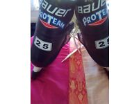 Used Bauer ice skates for sale size 7 reasonable condition. Black with white sole.