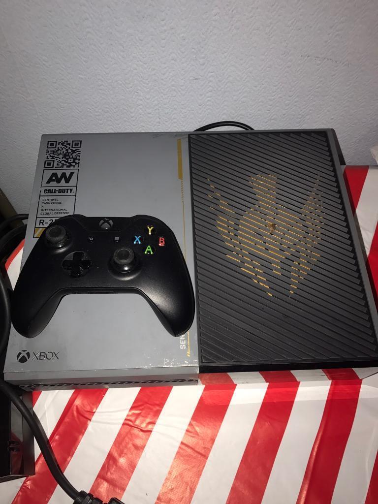 Xbox one console, Call of Duty: Advanced Warfare edition ...