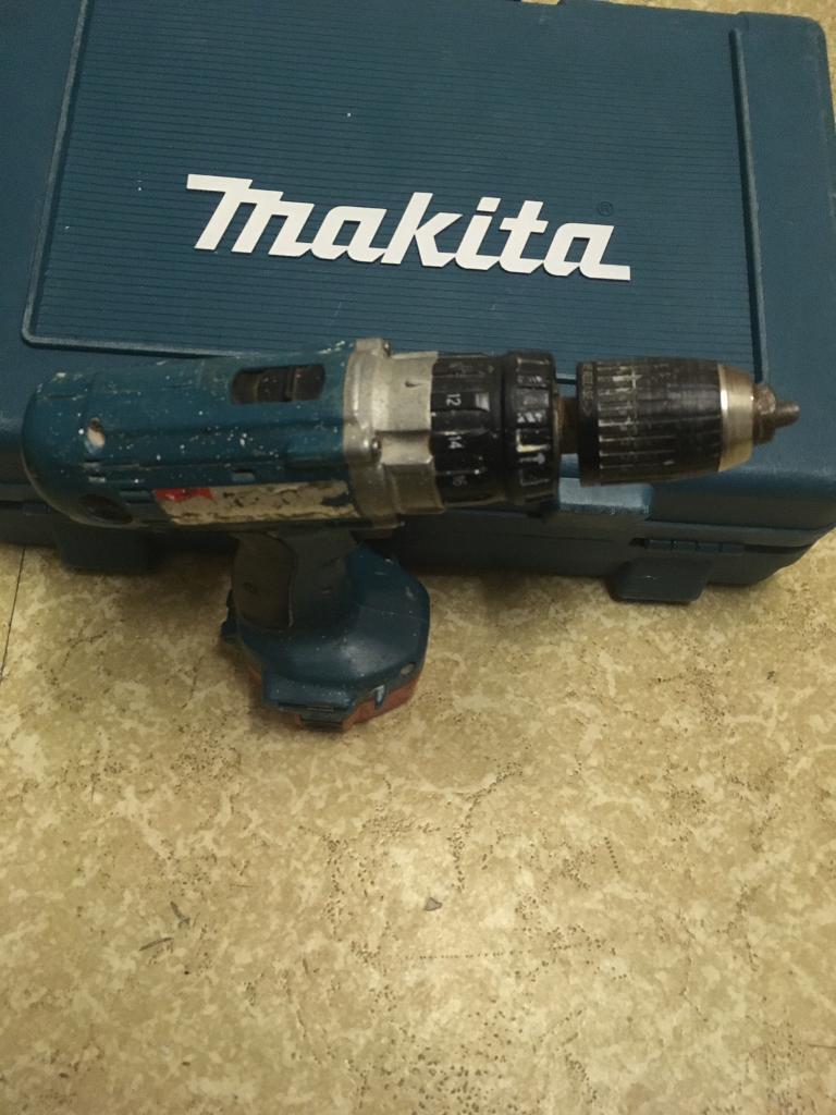 Makita hammer drill and good battery