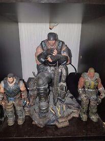 Gears of war statue
