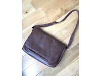 Brown leather messenger bag in perfect condition