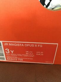 Nike magista opus boots. Size 2.5