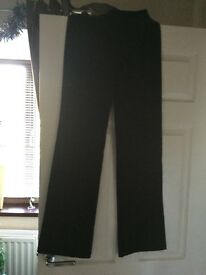 Nike size small women's long flared exercise pants brand new
