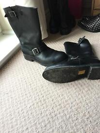Men's leather Mayura boots;Collection only
