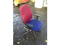 swivel office chairs clean condition x20
