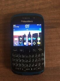 BlackBerry 9320 - Unlocked
