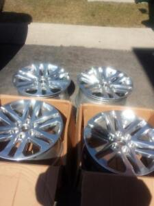 BRAND NEW NEVER MOUNTED FORD EXPLORER  FACTORY OEM  18 INCH ALLOY WHEEL SET OF FOUR. NO CENTER CAPS  NO SENSORS.