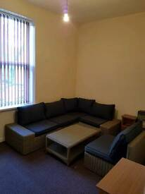 1 BEDROOM FLAT NOW AVAILABLE