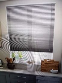 DuoLight Pewter Thermal Blind - QTY:1 112cm width x 122cm drop (recess) Right hand control