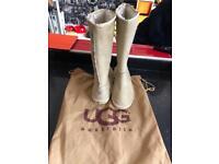 Ugg Australia boots new size 5