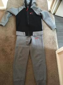 Nike air tracksuit age 12-13 years