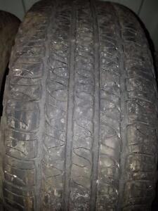 4 pneus d'été 245/65/17 Goodyear Fortera HC