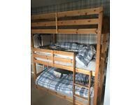 Shorty triple bunkbed