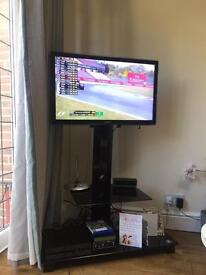 32 Inch Samsung TV with Stand