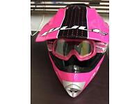 Girls wulf sport helmet size L
