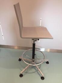 Vitra grey high chair 04 counter