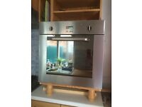 60cms Single Gas fan assisted oven Baumatic B609.1SS. Suitable to be built into kitchen cabinet.
