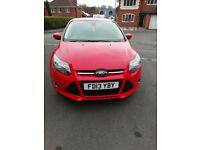 Ford focus lovely condition as been garaged. Has tow bar, nice alloys, low mileage