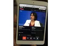 iPad Mini White Excellent Condition