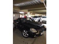 Mercedes-Benz SLK 200K Semi-Auto Black Convertible 2001 Low milage (Mint Condition)