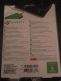 SEAGATE Game Drive for Xbox - 2 TB, Green (brand new)