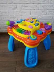Play and learn, activity Musical Table