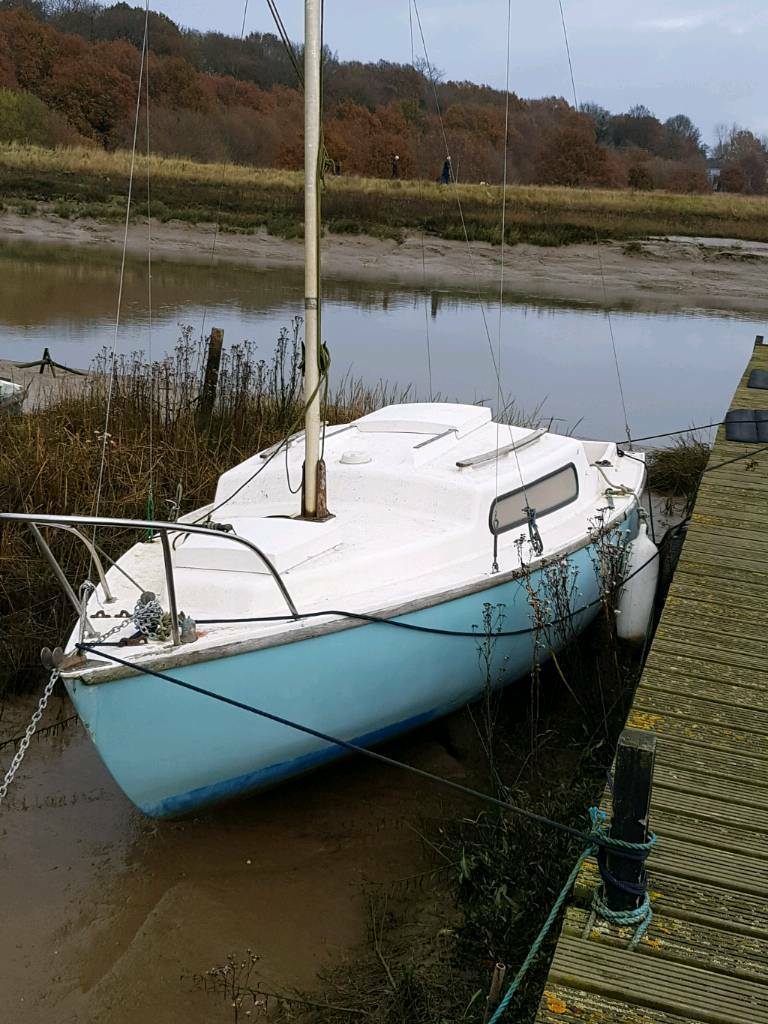 19ft Alacrity sailing boat complete set up