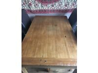 WOOD DINING TABLE AND 4 FAUX BROWN LEATHER CHAIRS IDEAL FOR UPCYCLING