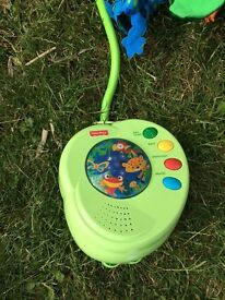 Fisher-Price Baby Crib Musical Mobile Rainforest Peek-a-Boo Leaves