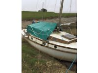 Wooden 24f even tide sailing boat