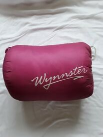 hooded sleeping bag. old but hardly used - as new. collect CR3 or BN1