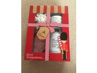 Baylis and Harding sweet temptations bath set