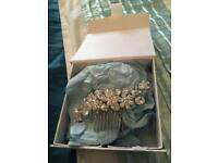 Beautiful silver hair slide in presentation box