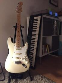 Squier by fender Stratocaster MIK M Serial 1994 upgrades