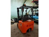 Nissan 1.5 t compact electric forklift