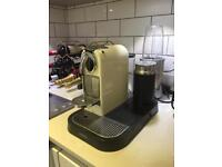Nespresso Magimix Machine with milk frother - Cream