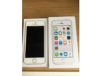 Apple iPhone 5s 16GB Unlocked in Original Box and Mint Condition ***BARGAIN***