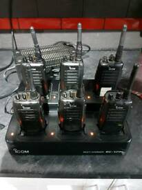 6x walkie talkies / radios 16channel with multicharger and 5 single chargers