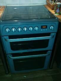 Rug. Cooker.fridge.beds new