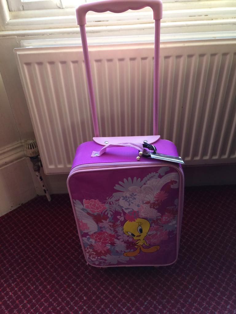 8aa243a1779c Girl's pull along suitcase | in Southside, Glasgow | Gumtree