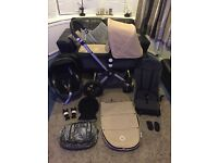 BUGABOO CAMELEON Full TRAVEL SYSTEM/ Maxi Cosi CAR SEAT/ FOOTMUFF In VERY GOOD Condition