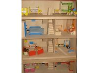 Wooden dolls house and furnishings